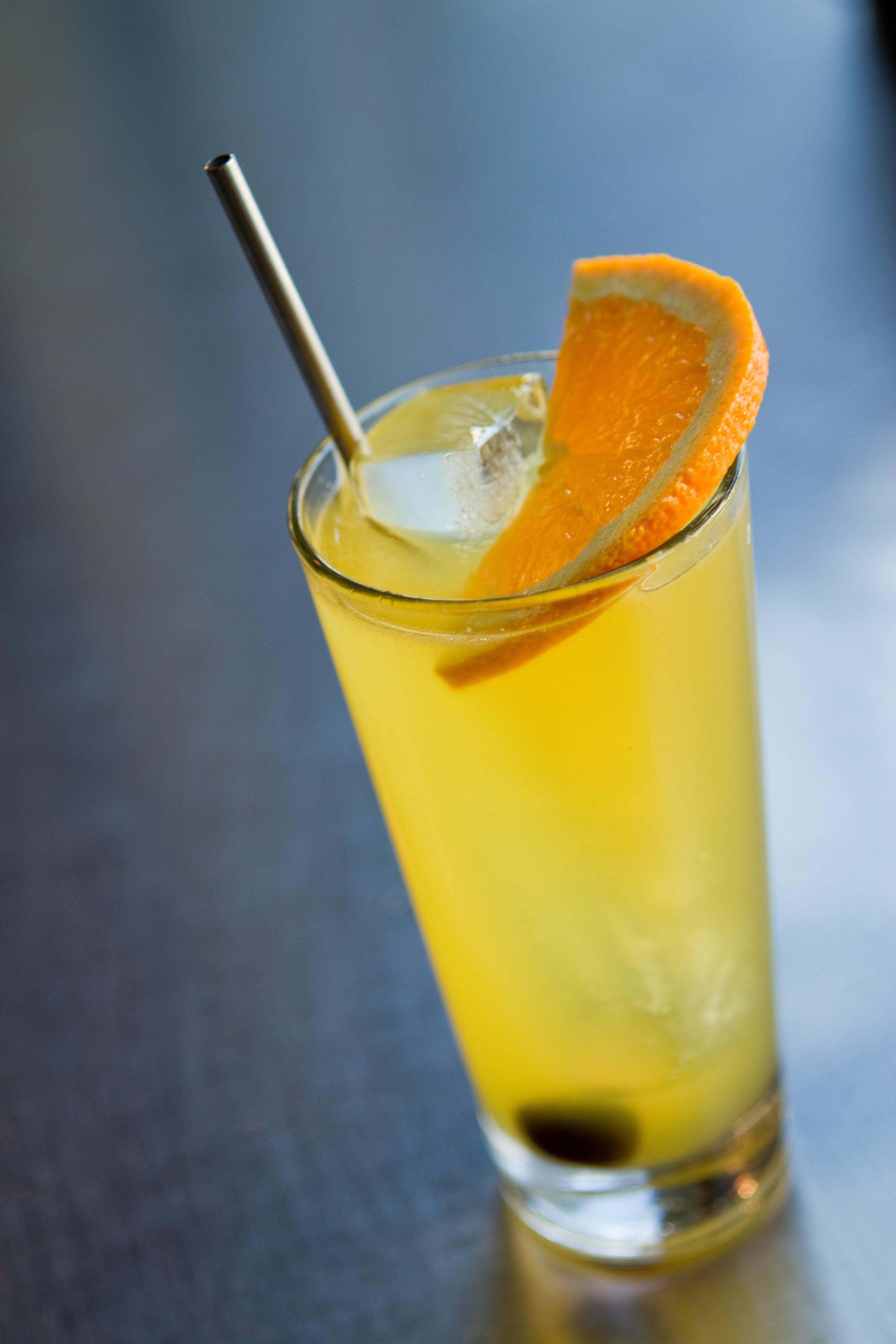 Featured Cocktail: Hardly Wallbanger — kelly magyarics